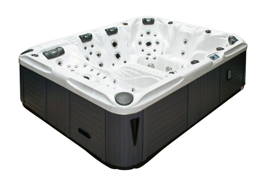 Ecstatic passion spa sold by Eurospas in Murcia Spain for only <span class='highlight'>9500&euro;</span>